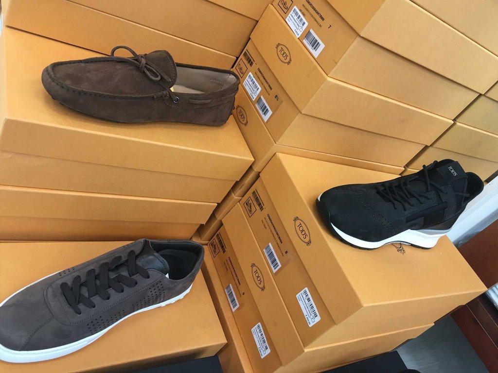 Ingrosso calzature Tod s da uomo - Ingrosso Karma Moda b7554ac4f0f